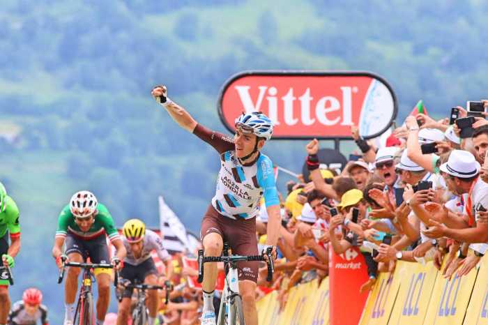 Romain-Bardet-Tour-de-France-2017-Peyragudes-stage-win-pic-Sirotti